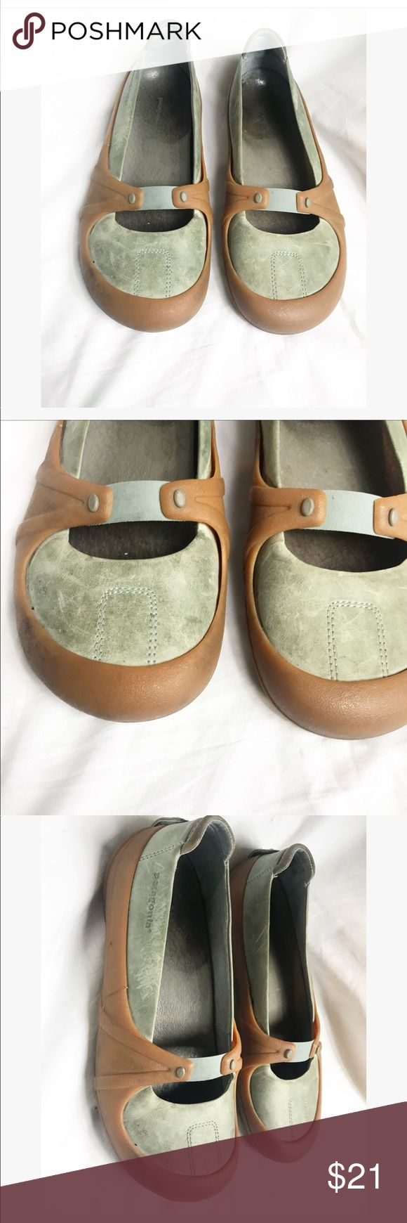 Patagonia | slip on shoes | green and brown Great slip on shoes . Used condition . Patagonia Shoes Sneakers