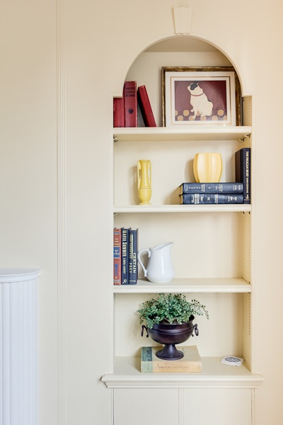 Dallas Home Staging, Staged Bookshelves, Mixing Elements And Period Pieces  Help To Showcase The