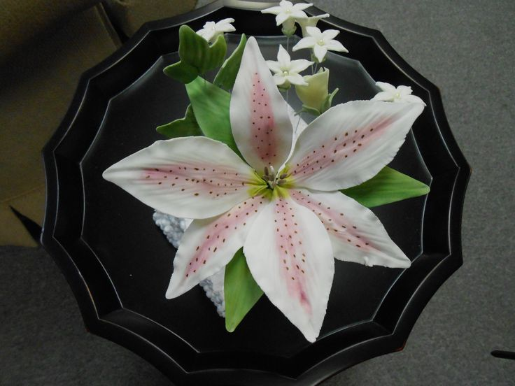 My first Sugar Flower; Wilton Method 4