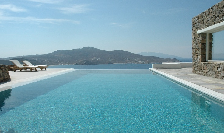 Pool overlooking Panormos and Agios Sostis beaches.