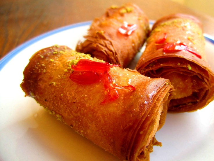 Znoud El Sit - Lebanese Bakalva Sweets