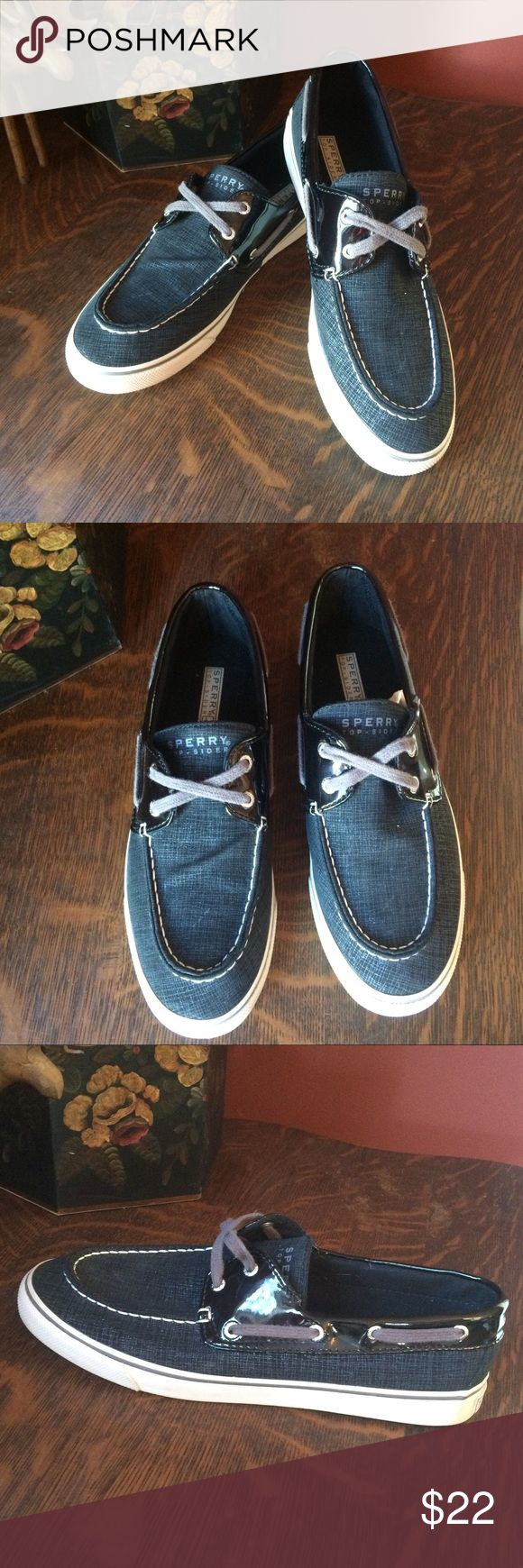 Sperry Woman's Boat Shoes/Sneakers Sperry Biscayne Black Boat Shoe/Sneakers. Classic Sperry styling.  Good condition.   Mostly synthetic uppers.   Size 10  10092 Sperry Shoes Flats & Loafers