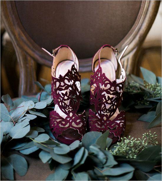 12 laser cut burgundy wedding shoes - Weddingomania