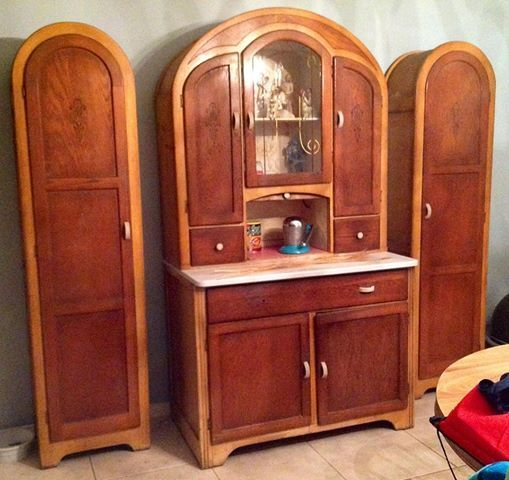 This Late Model Hoosier Type Cabinet Dates From 1941 And Is Very Unusual Not Only
