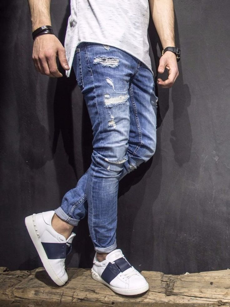 slim fit ripped destroyed blue jeans PLEASE NOTE THE