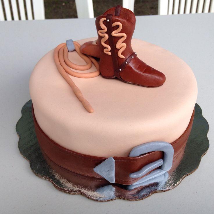 Pastel fondant bota vaquera, soga, sombrero y cinturón   - fiesta infantil tema: caballos / cowboys