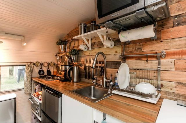 This Retro, Rustic Camper Just Might Be the Cutest Motel in Texas  - HouseBeautiful.com