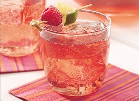 Sparkling Raspberry Tea- This drink's got it all: fizz, fruit and tea.