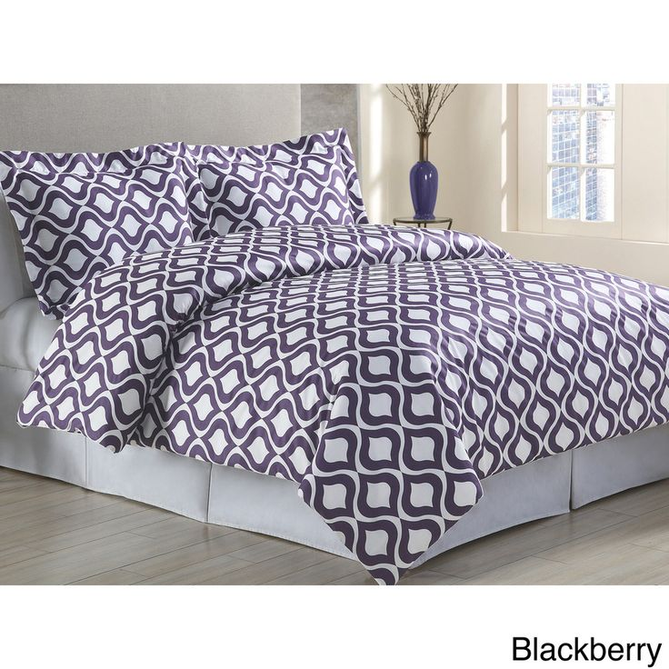 the odessa duvet cover set features a bold and modern graphic pattern the set includes a duvet cover two pillow shams one pillow sham with twin size and