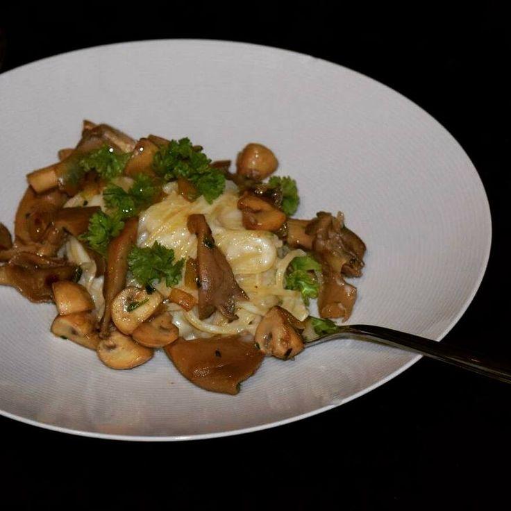 Pasta met pastinaak, oesterzwammen en boschampignons | Oliveme
