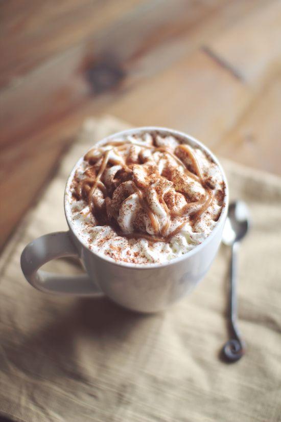 Skinny Pumpkin Spice Latte :: click image to recipe