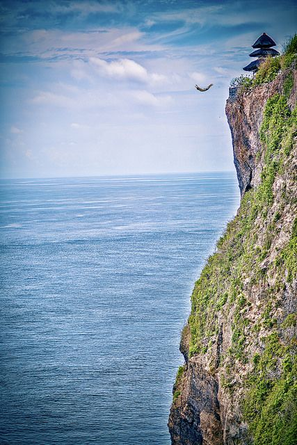 Best 25 cliff diving ideas on pinterest cliff jump friend goals and barcelona time now - Highest cliff dive ...