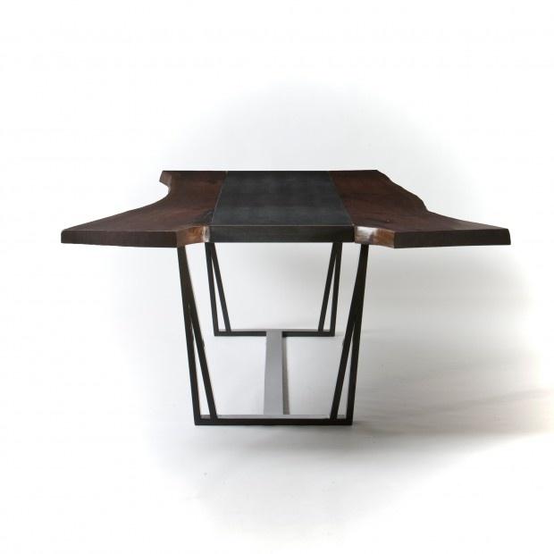rwDINE - Really cool table @ Koo Du Monde