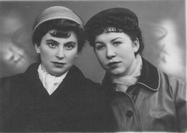 Gala Avkaeva (My Mather) and her friend Nina Shimko