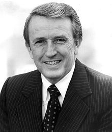 Dale Bumpers, 1925 - 2016. politician, fmr. governor of AK.