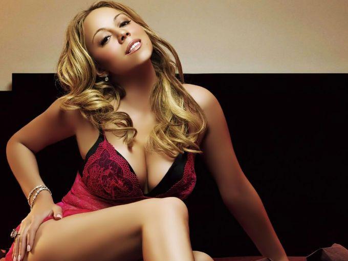 """Mariah Carey tiene 42 años. El pasado año dio a luz a gemelos y ahora, a poco más de 12 meses de haberse convertido en madre, nos muestra sus fabulosas curvas en su nuevo video """"Triumphant"""".  En esta ocasión Mariah es acompañada por dos de los nombres más grandes de la música Rap del momento: Rick Ross y Meek Mill."""