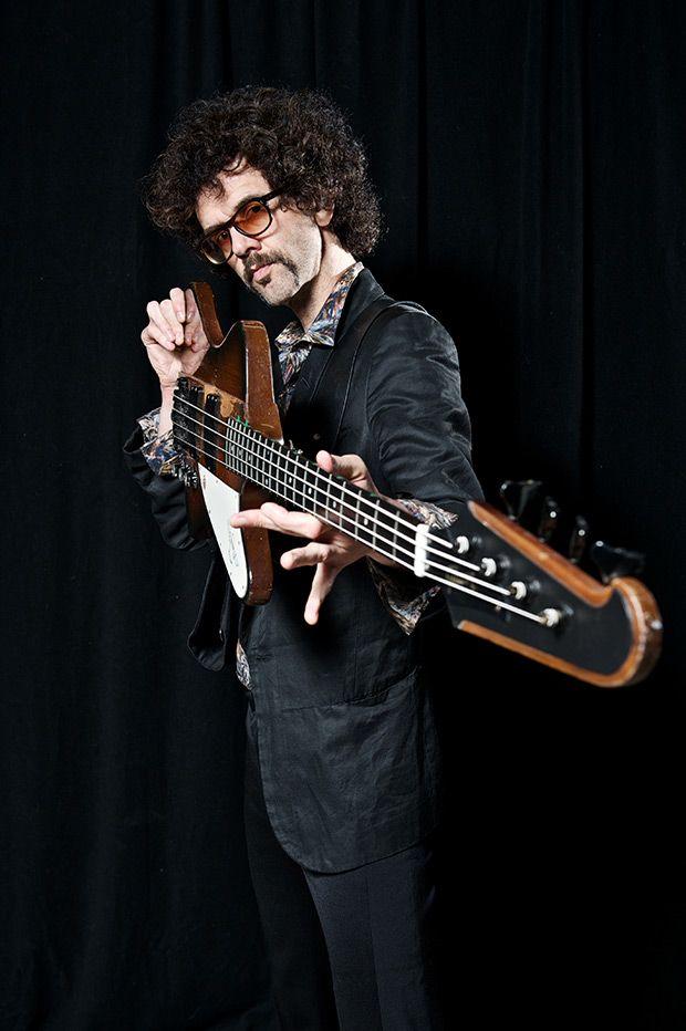 Gear Review: The Darkness Bassist Frankie Poullain on His Gibson ThunderbirdGuitar « Interviews « PureGrainAudio.com