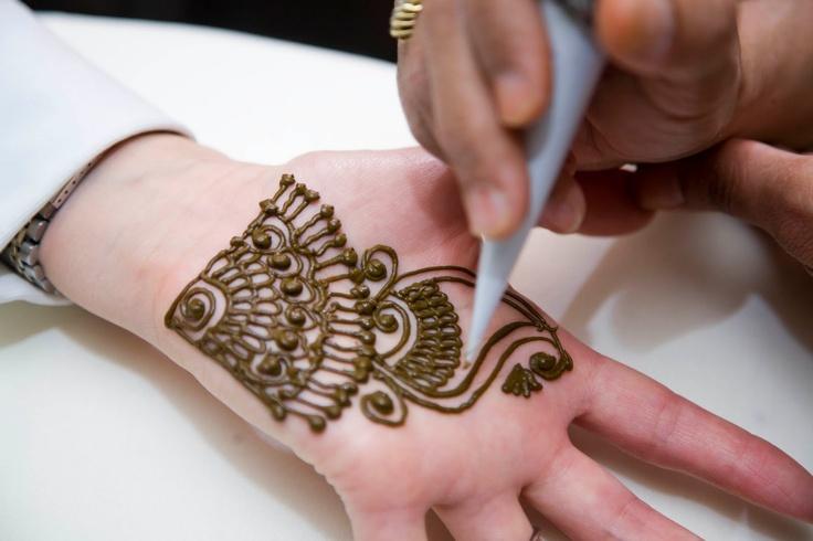 Apply Mehndi Hands : Best images about henna on pinterest eid mehndi