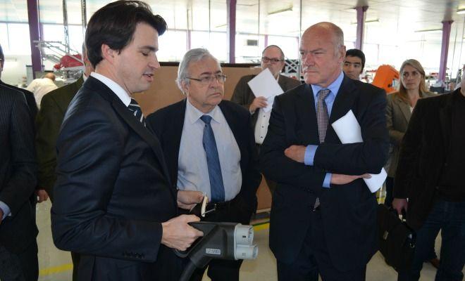 Alain Rousset dévoile l'usine du futur chez Lafon à Bassens