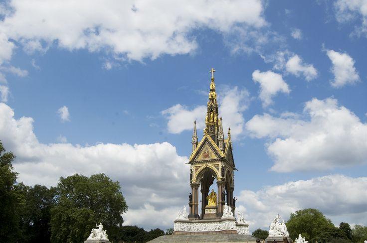 The Albert memorial, Hyde Park