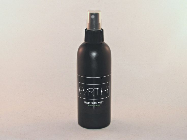 This combination of gentle botanical waters can be used to hydrate hair and skin.