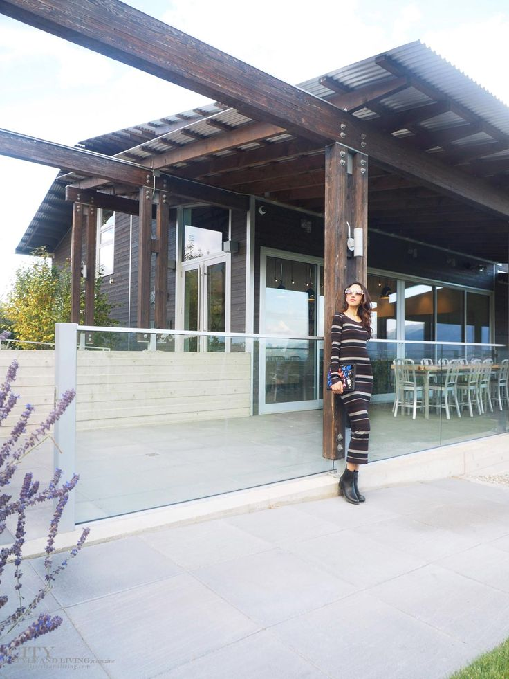 Cabernet striped midi dress with chelsea boots and miu miu sunglasses at culmina family estate winery. #stripedress #miumiuscenique #tastingroom