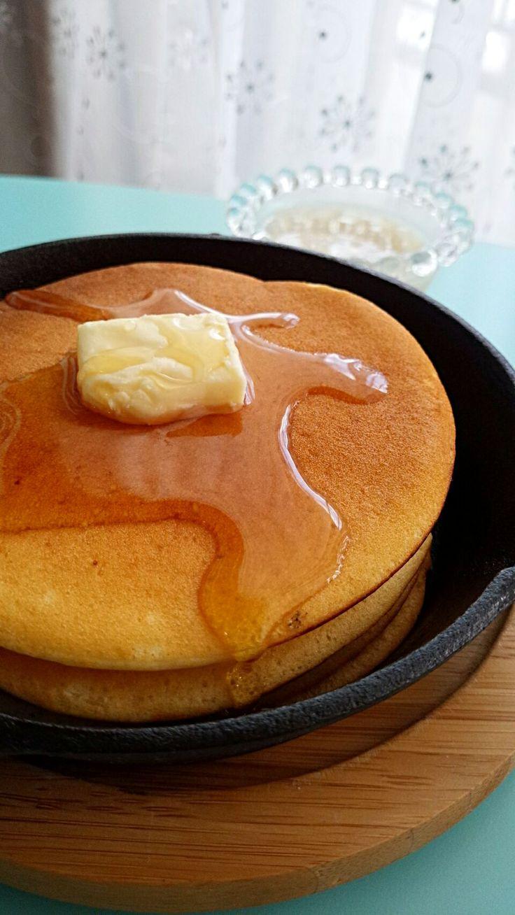 高野裕子's dish photo スキレットで甘麹パンケーキ | http://snapdish.co #SnapDish #レシピ #保存食/常備菜 #ドーナツ/クレープ/パンケーキ