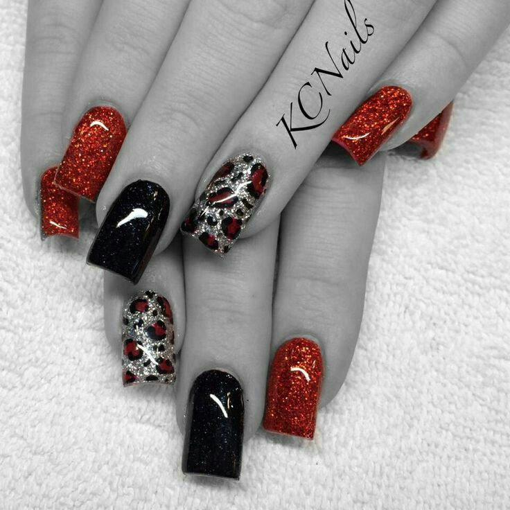 Black and red leopard print nails #leopard #black #red