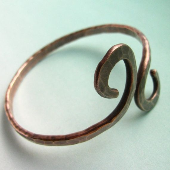 1149 best wire images on pinterest wire jewelry wire for Hammered copper jewelry tutorial