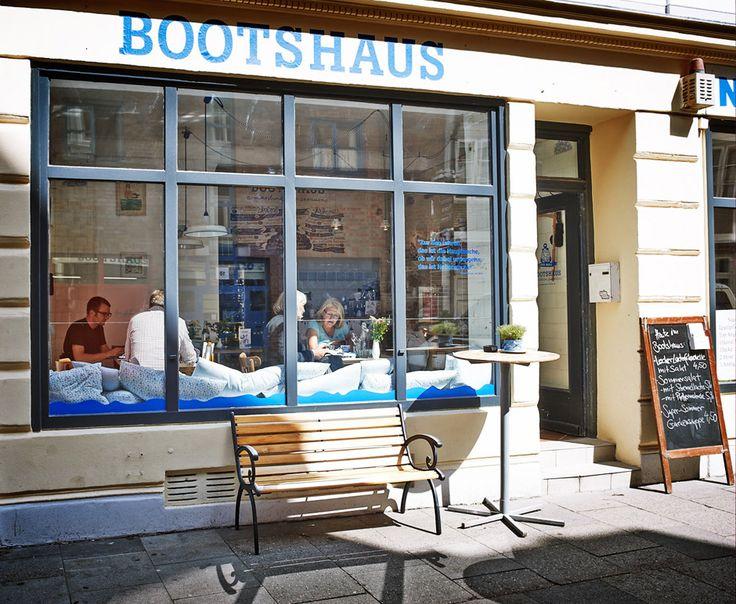 ahoi marie bootshaus in der hamburger neustadt ahoi marie shop und maritimes restaurant best. Black Bedroom Furniture Sets. Home Design Ideas