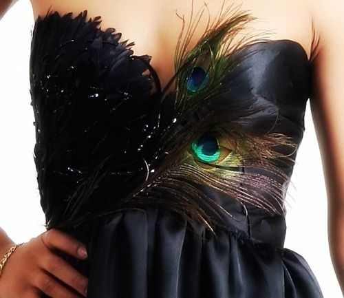 Unexpected! Chic black dress embellished with peacock feathers.: Cocktails Dresses, Style, Black Swan, Clothing, Bridesmaid Dresses, Little Black Dresses, Prom Dresses, Peacocks Dresses, Peacocks Feathers