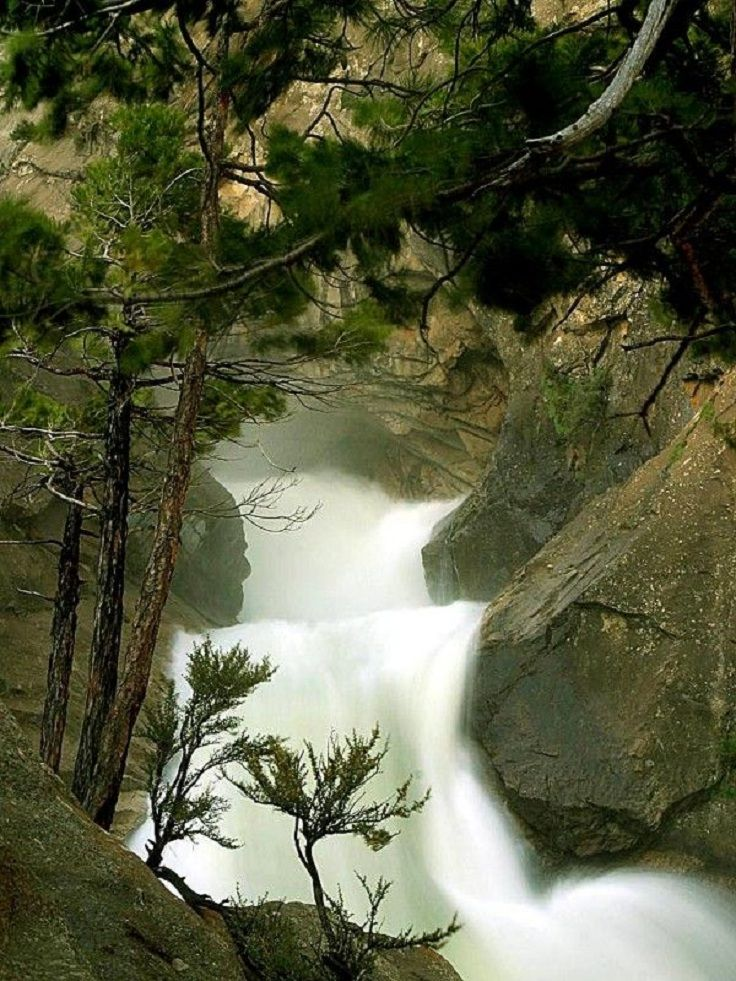 TOP 10 USA Waterfalls - Page 10 of 10 - Top Inspired Sequoia NP