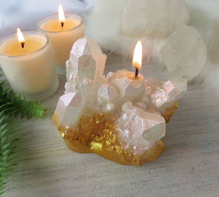 CRYSTAL CANDLE – quartz with gold scented candle, spell candles, boho decor, natural decor, witch, witchy altar, present gifts