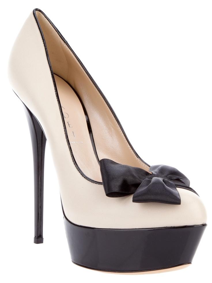 : Shoes Whore, Fabulous Shoes, Design Shoes, Stilettos Heels, Black Bows, Russo Capri, Leather Pumps, Casadei Platform Pumps, Shoes Heels