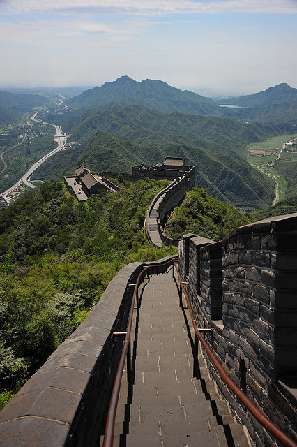 Deserted Great Wall, China   The Great Wall of China The new seven wonders of the world. We offer luxury private package great wall tours  http://www.bestbeijingtours.com pingxin008@aliyun.com +8618601906978
