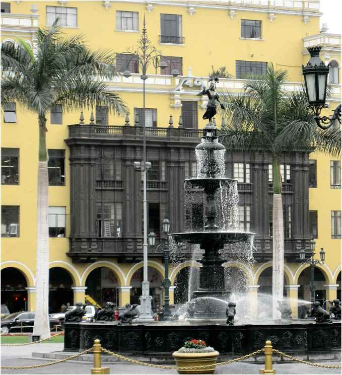 Plaza Mayor- Plaza de Armas en el Centro de Lima. Hauptstadt von Peru.