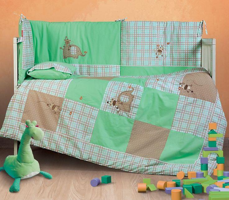 NEF-NEF Baby Collection σχέδιο Jungle Friends. Σε κουβερλί, πάντα, σετ σεντόνια, κουβέρτα πικέ, σετ πετσέτες, μπουρνούζι, κάπα.