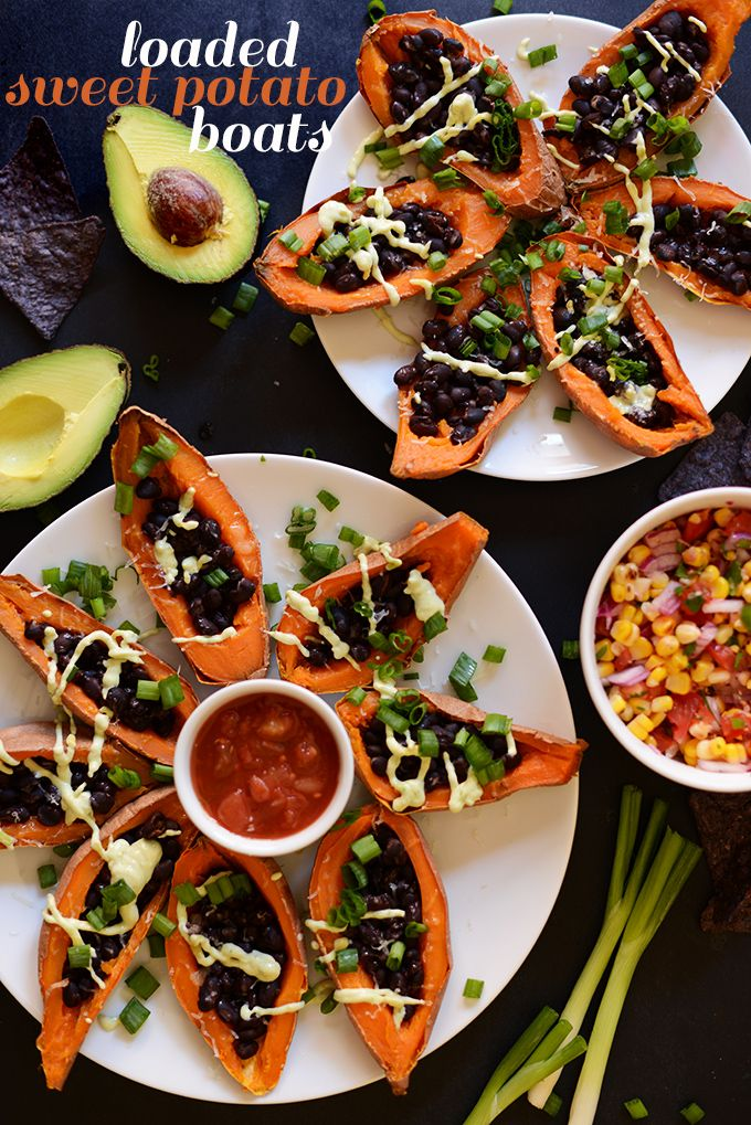 Loaded Sweet Potato Black Bean Boats - this #vegetarian #recipe is a must-try! It would be great for a party, dinner, or any time. :)