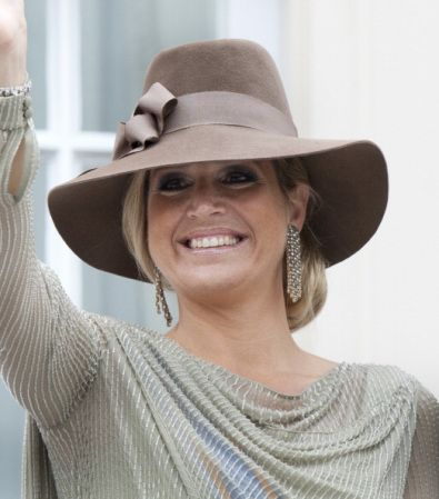 Posted on September 16, 2013 by HatQueen.... Princess Maxima wore a brown Homburg-style hat in 2011 to Prinsjesdag, the opening of Dutch Parliament, which is tomorrow...