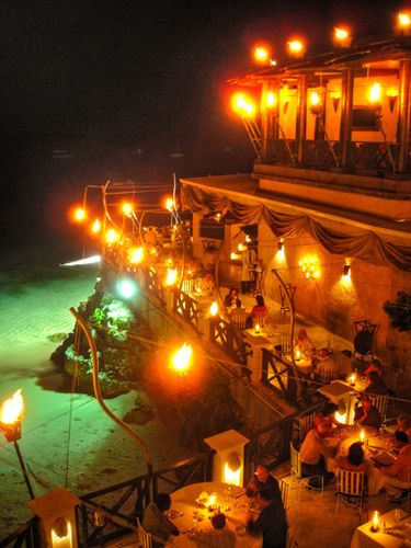 I would like to have dinner at The Cliff Restaurant in Barbados. #THINGS I WOULD DO IN BARBADOS.