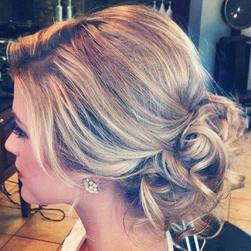 Love this loose updo!