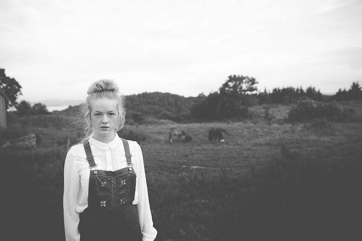 www.heddahestholm.wordpress.com Instagram: @heddussen #adventure #photography #summer #july #canon #lightroom #photoshop #norway #nature #ootd #portrait #photoshoot #blackandwhite #horses
