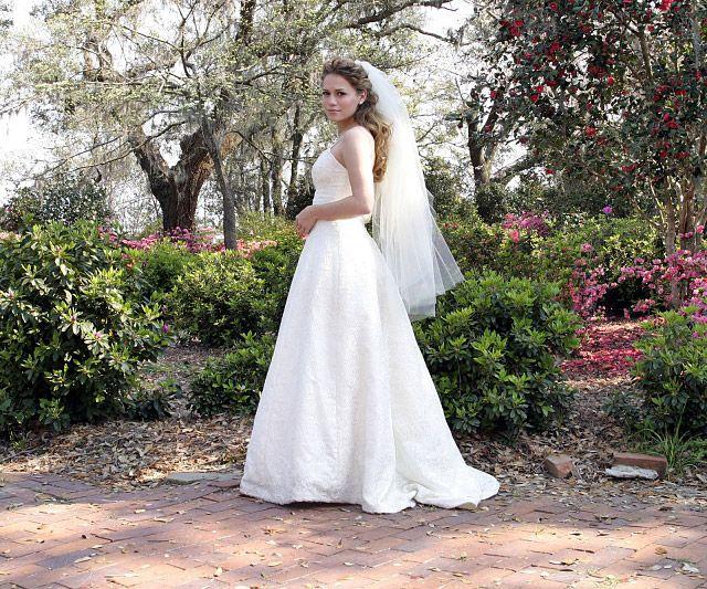 Celebrity Wedding Dresses: TV & Movies: Bethany Joy Lenz