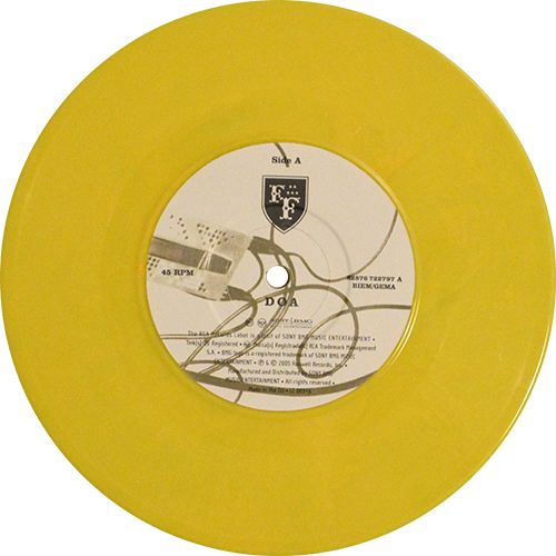 DOA, Single by Foo Fighters. Yellow marbled vinyl. Collection of unusual, rare vinyl and unique colored collectible records.