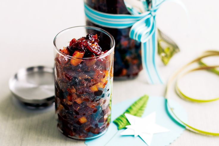 Store this traditional fruit mince in an airtight jar to develop the flavours http://www.taste.com.au/recipes/21238/fruit+mince #mince #jar