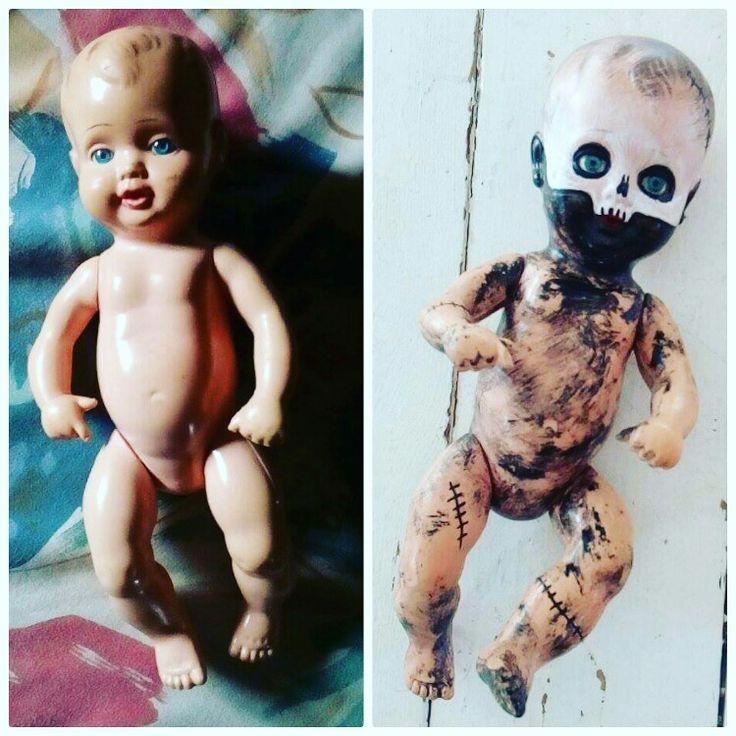 gammel dukke sminket til halloween.