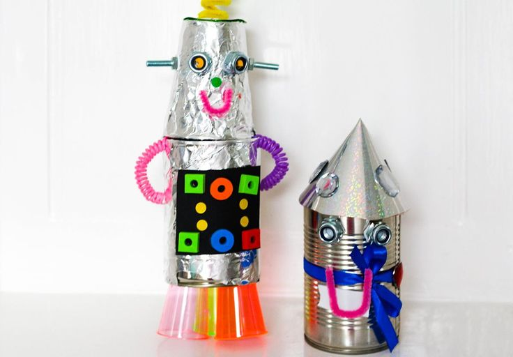 Have fun during the school half term making these recycled robots - a great craft activity to do around the table on a rainy day.