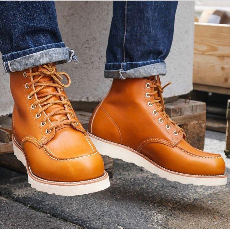 RW 9875 Moc Toe in Golden Sequoia leather