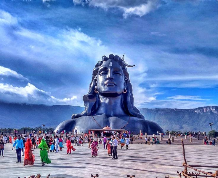 112 feet high Adiyogi !  The source of Yoga  Guinness World Record : World Largest Bust Sculpture  #travel #india #coimbatore #isha #yoga #shiva #sky #clouds #sculpture #incredibleindia #mountain