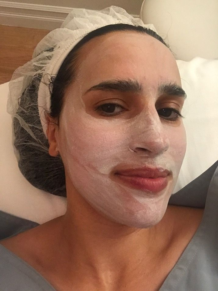 white clay mask after facial. Why I was afraid to get a facial and why I'm glad I did. #facial #beauty #beautyblogger #goldfacial #skincare #cuidadodepiel #belleza #style #skinspoke